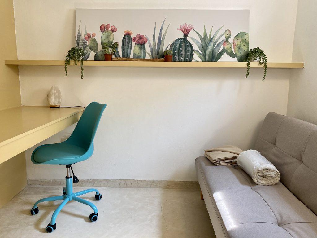 Decoration desk